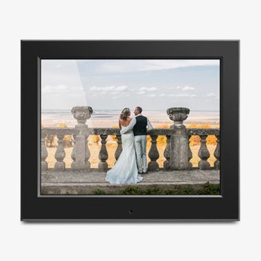 8 inch Slim Digital Photo Frame with Auto Slideshow Feature, thumbnail