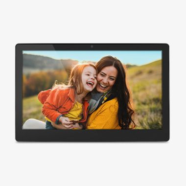 wifi-touchscreen-video-chat-digital-photo-frame-eleven-thumbnail