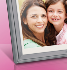 Susan G Komen ten inch digital photo frame